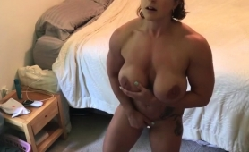 Big Breasted Amateur Milf Makes Herself Cum Hard On The Bed